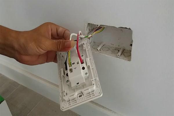Cách sửa điện âm tường đơn giản tại nhà bạn cần biết